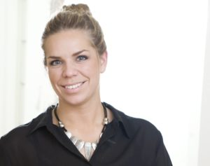 Hanne Marit Schultz er i gang i Kongsberg Gruppen, som travel manager.