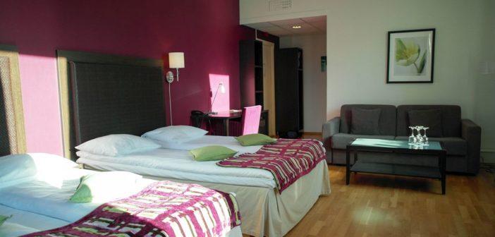 Driftssjef Eivind Askeland i Hoff Hotels er tilfreds at det tross ble noe vekst ved selskapets hoteller, som Quality Hotel Augustin (bildet).