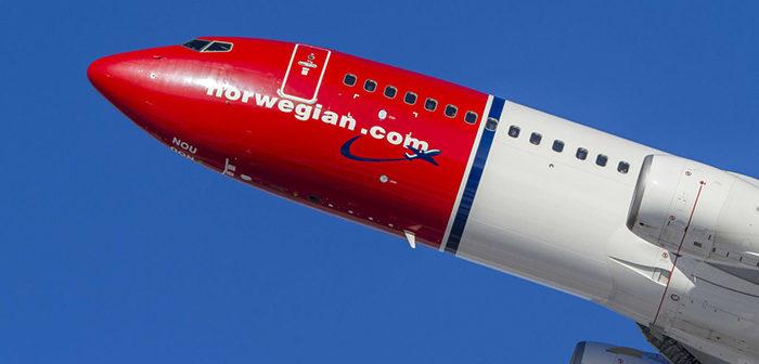 Norwegian_fly low